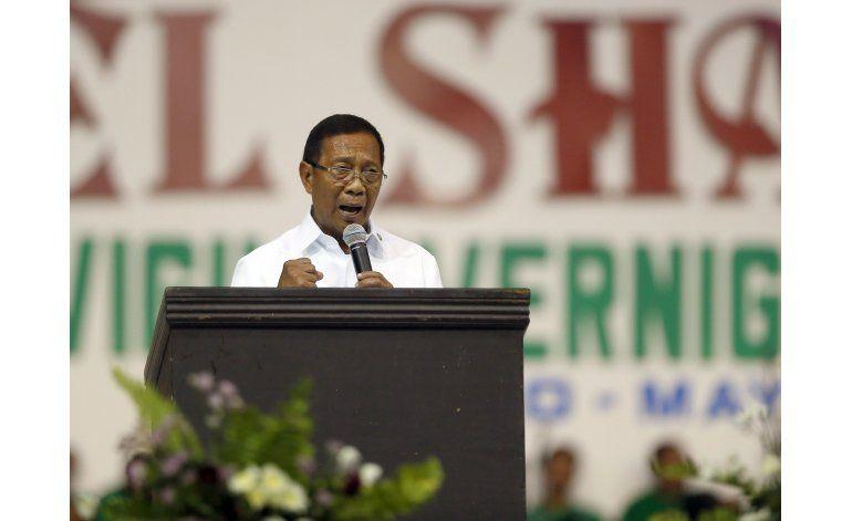 Acusan de corrupción al candidato favorito de Filipinas