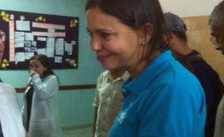 Agreden a opositora venezolana María Corina Machado