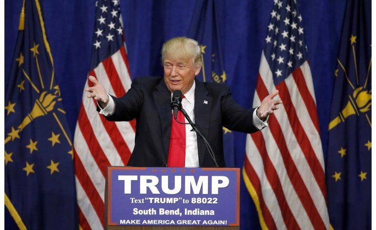 LO ULTIMO: Clinton advierte a votantes latinos sobre Trump