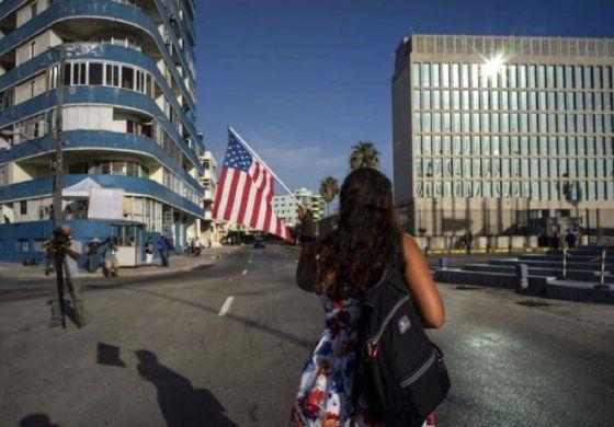 Embajada americana en Cuba informa sobre vuelos de regreso a EEUU y visas para médicos