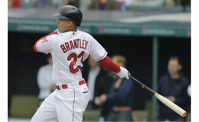 Brantley remolca 3 e Indios barren a Tigres