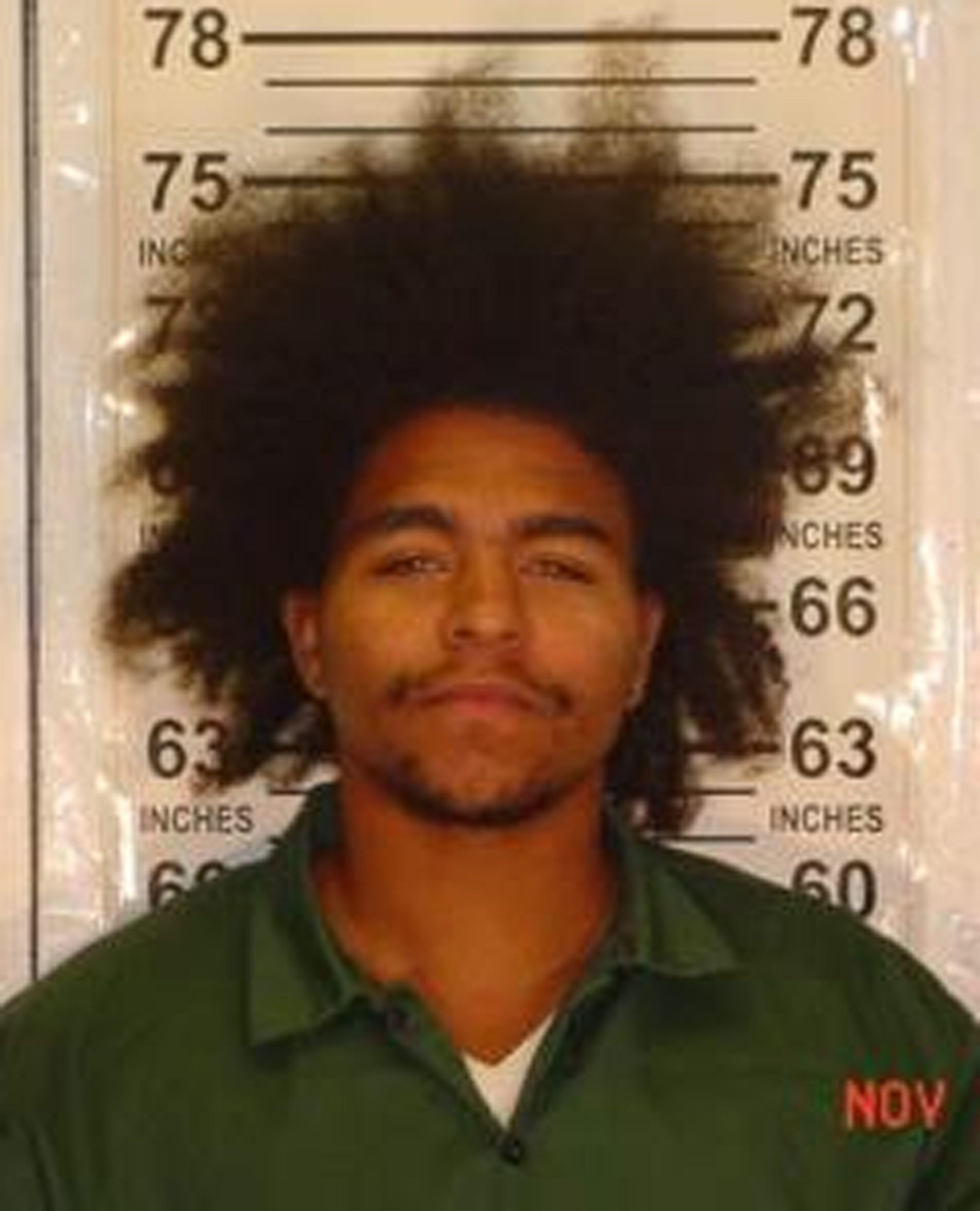 NY: Buscan a asesino de hombre con zapatos de cemento