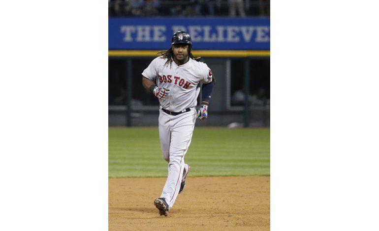 Con jonrón de Ramírez, Boston doblega a Medias Blancas