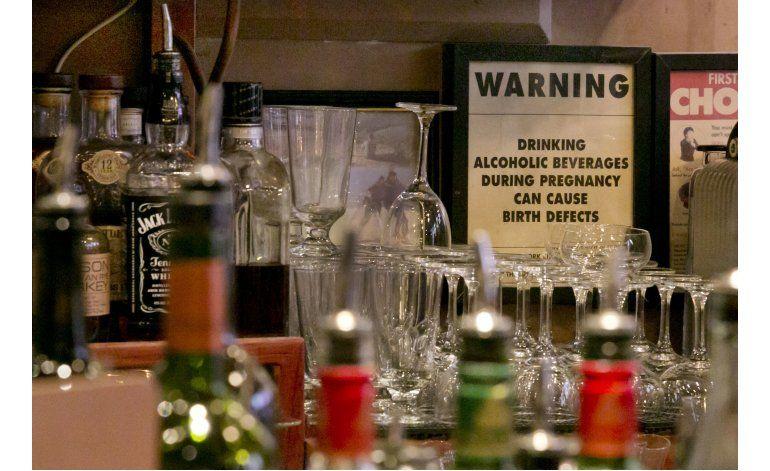 NY: Bares no pueden negarse a servir a embarazadas