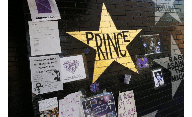 Investigadores quieren tratar caso de Prince con un médico