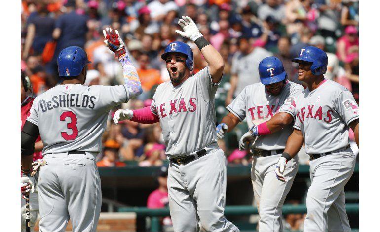 Con grand slam de Wilson, Rangers vencen a Tigres