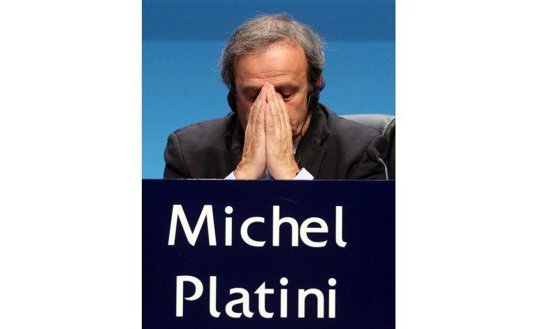 Confirmada su suspensión, Platini deja presidencia de  UEFA