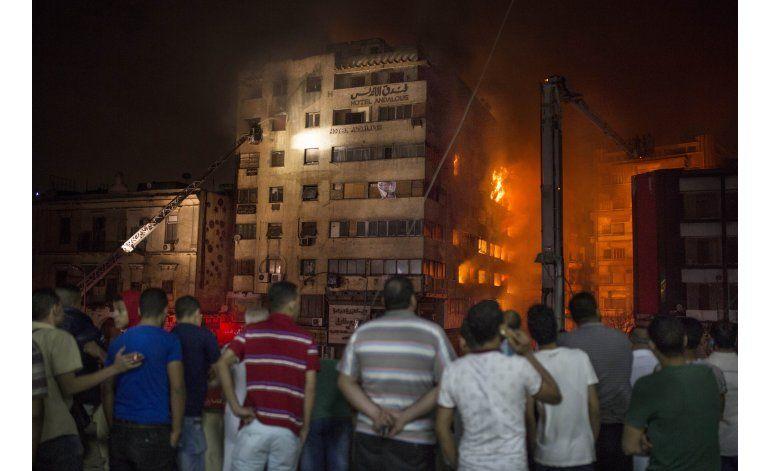 Incendio en hotel de El Cairo mata a 3 personas