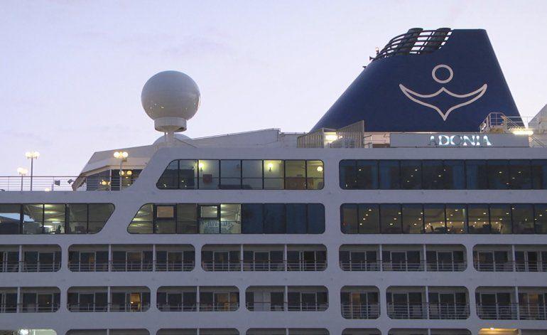 Crucero Adonia regresa de Cuba sin penas ni glorias