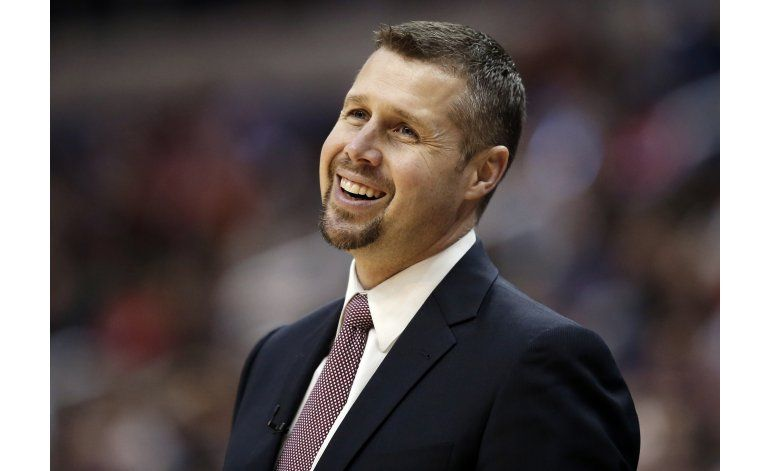 Kings contratan al técnico Joerger