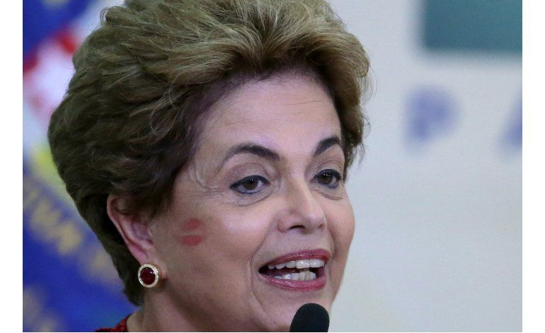 Los esfuerzos para juzgar a Dilma Rousseff derivan en caos