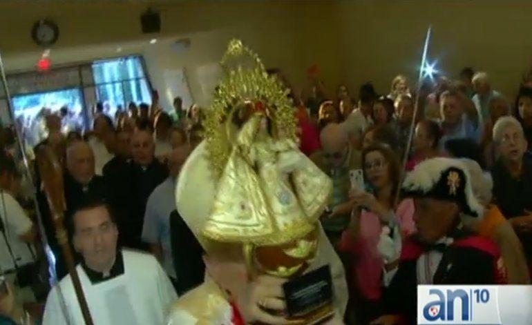 Celebran en Miami un siglo de consagración de laVvirgen de la Caridad del Cobre como patrona de Cuba
