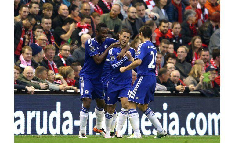 Sunderland permanece en la Premier; Newcastle desciende