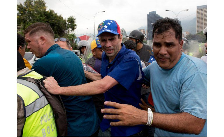 Venezuela: Incidentes en marcha por referendo contra Maduro