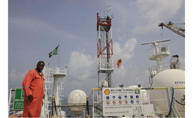 Shell cierra terminal petrolera en Nigeria debido a ataques