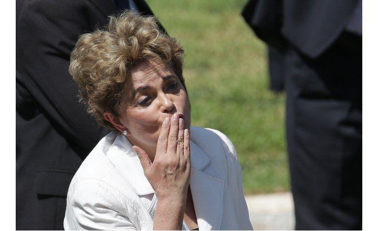 Brasil: Suspendida Rousseff promete lucha, Temer pide unidad