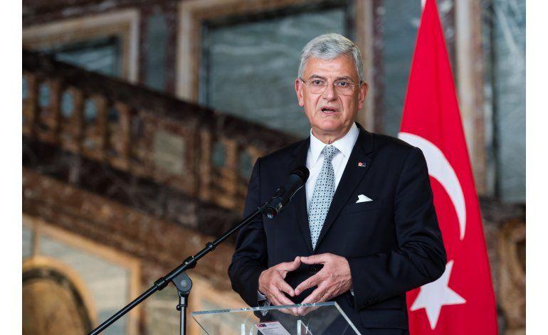 Turquía y UE buscan desbloquear cláusula en pacto migrante