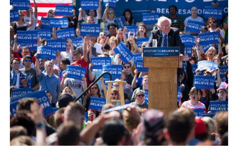 Demócratas piden a Sanders que se haga a un lado
