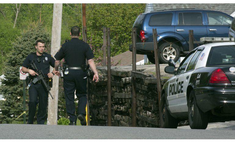 Hieren a balazos a dos policías en New Hampshire