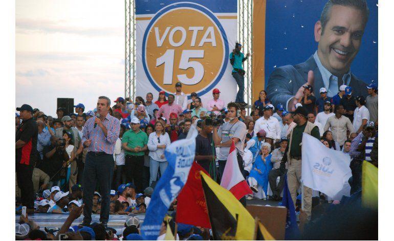 Abinader promete acabar con el despilfarro en Dominicana