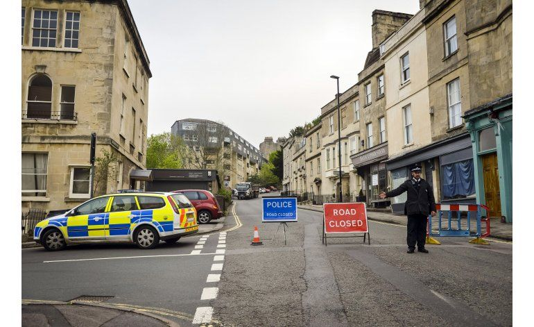 Desactivan en Gran Bretaña bomba sin explotar de IIGM