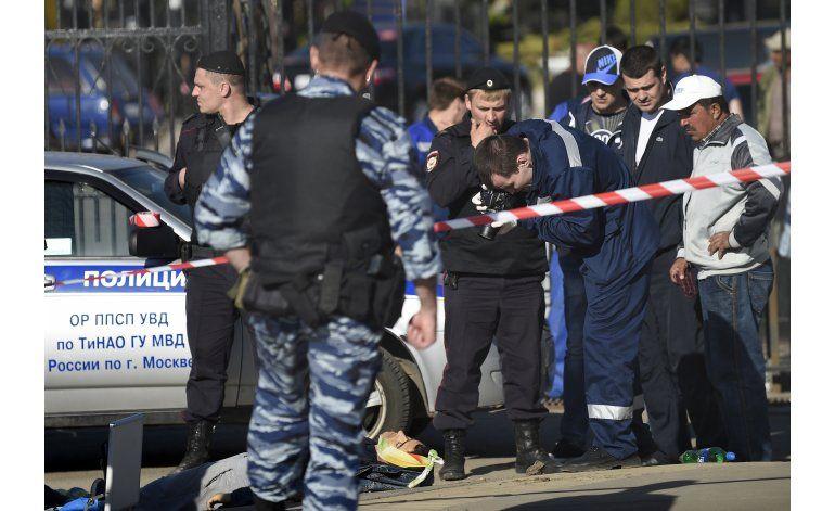 Pelea en cementerio de Moscú deja tres muertos