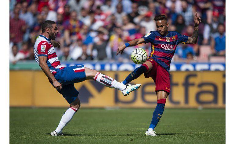 Campeón a contrapié, Barcelona amplía su dominio en España