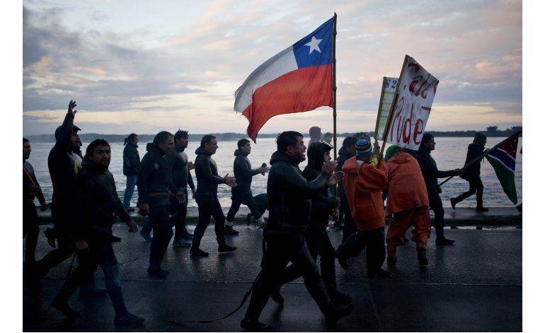 Chile logra acuerdo con gran parte de pescadores de Chiloé