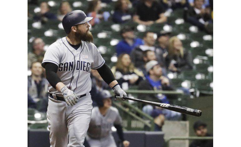 Norris y Upton Jr., claves para Padres ante Cerveceros