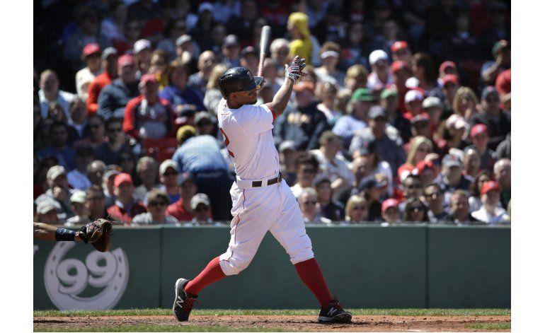 Con jonrón de Bogaerts, Medias Rojas vencen a Astros