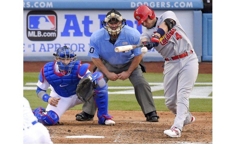 Un doble de Molina impulsa a Cardenales sobre Dodgers