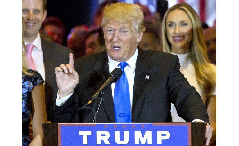 Enemigos de Trump endurecen ofensiva en su contra