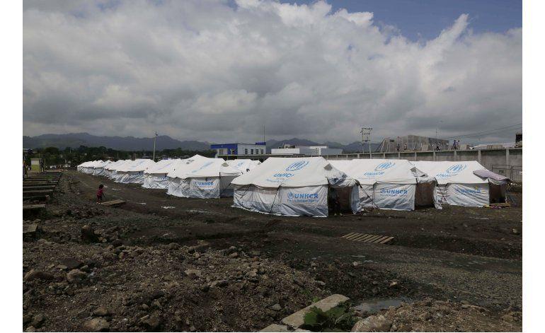 Ecuador busca volver a normalidad al mes de fuerte terremoto