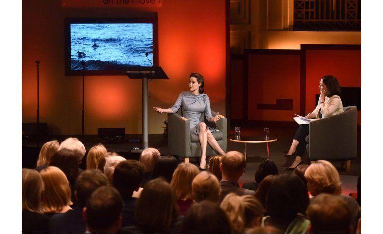 Jolie desalentada con respuesta de EEUU a migrantes