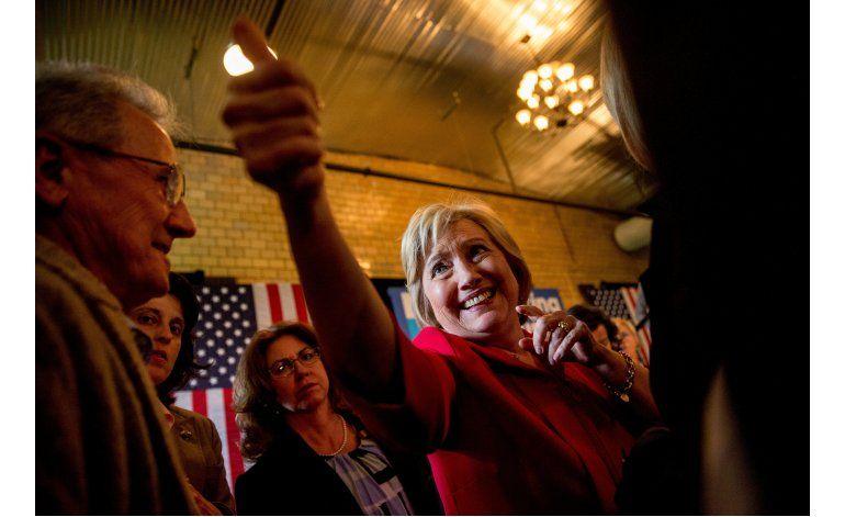 Hillary Clinton ya tiene trabajo para su esposo: la economía