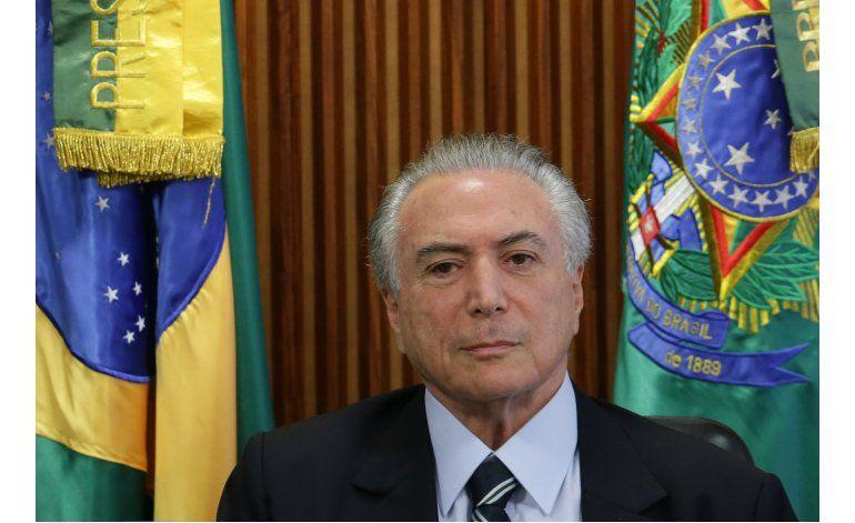 Brasil: Dos sindicatos rechazan reunirse con líder interino