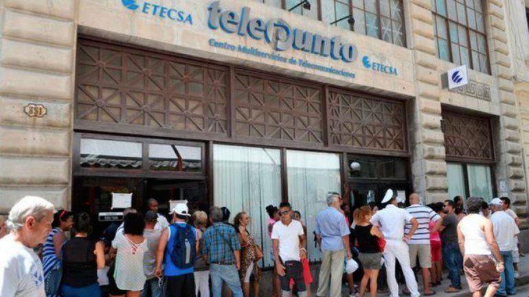 ETECSA vuelve a incomodar a sus clientes, algunos instan a boicotear al monopolio