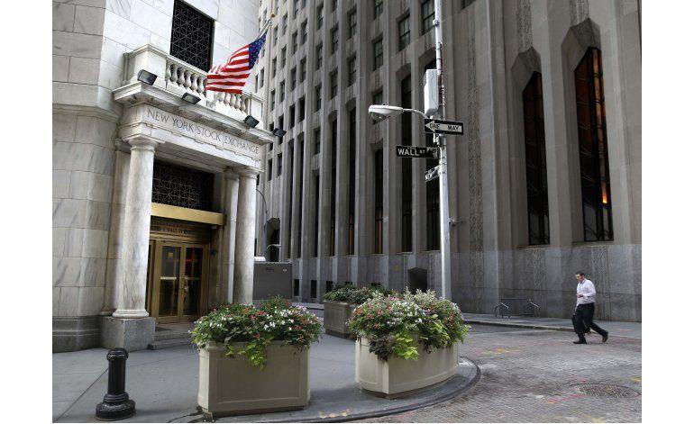 Wall Street cierra en alza por aumento del petróleo