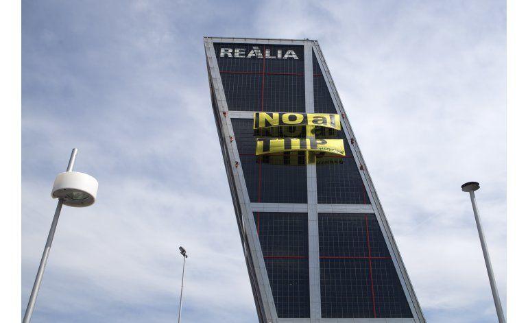 Greenpeace protesta en Madrid contra acuerdo comercial