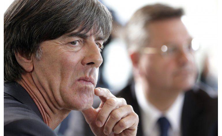 Alemania: Loew mantiene la fe con Schweinsteiger y Podolski