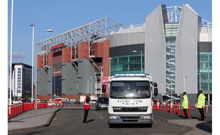 Old Trafford opera con normalidad tras susto del domingo