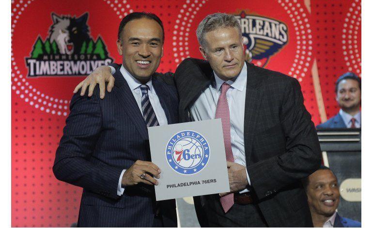 76ers ganan la lotería del draft en la NBA