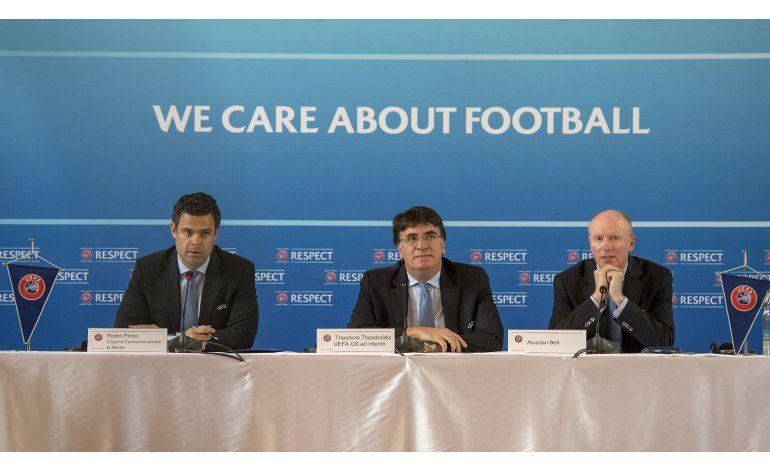 UEFA convoca votación en septiembre para sustituir a Platini