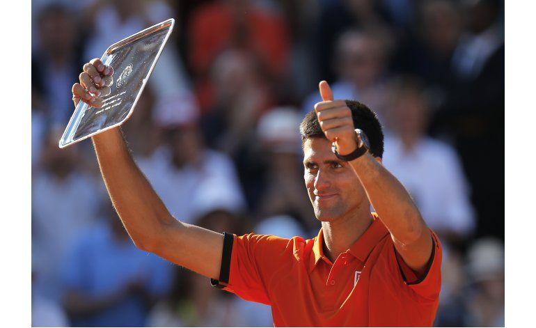 Djokovic va por el trofeo que le falta para el Slam