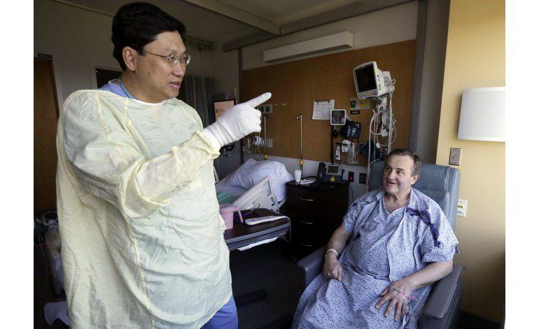 Hombre con pene trasplantado espera ser un hombre completo