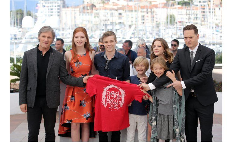 Mortensen dirige familia alternativa en Captain Fantastic
