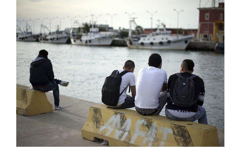 Miles de menores inmigrantes viven solos y en las sombras