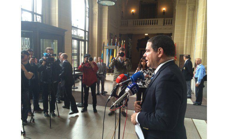 Oposición venezolana pide Almagro llamar Consejo Permanente