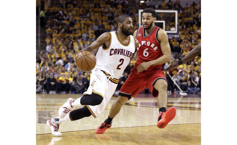 Cavaliers vencen a Raptors; mantienen el invicto en playoffs