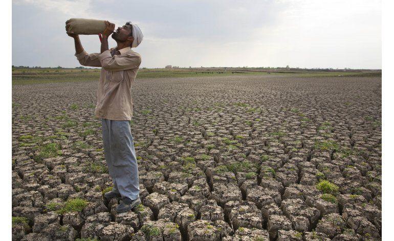 Dura sequía en centro de India golpea a millones de personas